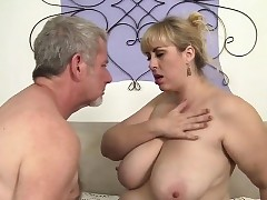 Shemale sex videos - fat naked girl